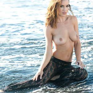 Rosie Jones Topless (4 New Photos) – Leaked Nudes