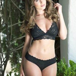 Sabine Jemeljanova in a Lingerie & Topless (4 Photos) – Leaked Nudes