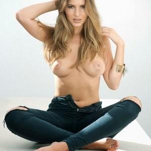 Sabine Jemeljanova Topless (3 Photos) – Leaked Nudes