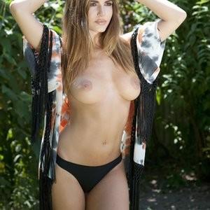 Sabine Jemeljanova Topless (4 Photos – Page3) – Leaked Nudes