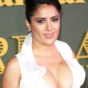 Naked celebrity picture Salma Hayek 005 pic