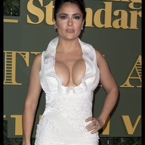 Nude Celebrity Picture Salma Hayek 013 pic