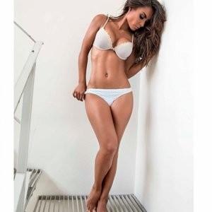 Celeb Naked Samantha Rodriguez 011 pic