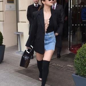 nude celebrities Selena Gomez 006 pic