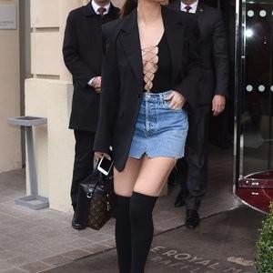 nude celebrities Selena Gomez 008 pic