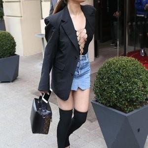 Celeb Naked Selena Gomez 016 pic