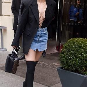 Nude Celeb Pic Selena Gomez 041 pic