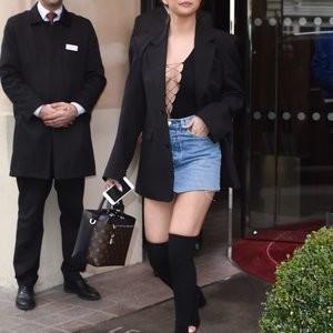 nude celebrities Selena Gomez 047 pic