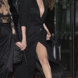Celeb Naked Selena Gomez 053 pic