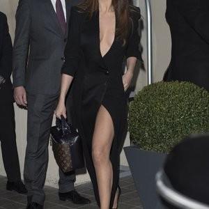 Naked Celebrity Pic Selena Gomez 060 pic