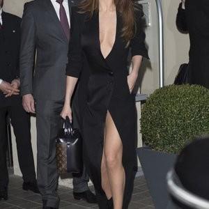 Hot Naked Celeb Selena Gomez 062 pic