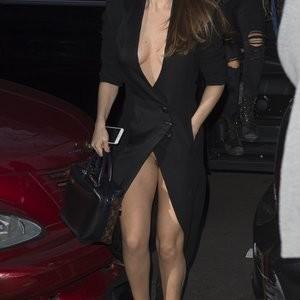 Naked celebrity picture Selena Gomez 067 pic