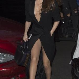 Naked Celebrity Selena Gomez 072 pic