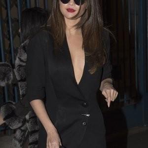 Hot Naked Celeb Selena Gomez 090 pic