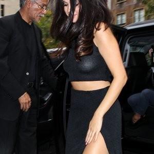 Naked Celebrity Selena Gomez 006 pic