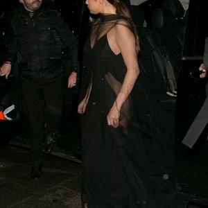 Newest Celebrity Nude Selena Gomez 012 pic