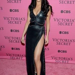 nude celebrities Selena Gomez 002 pic