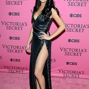 Free Nude Celeb Selena Gomez 005 pic