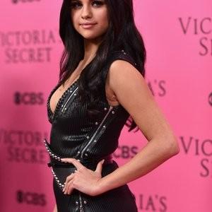 Celebrity Nude Pic Selena Gomez 023 pic