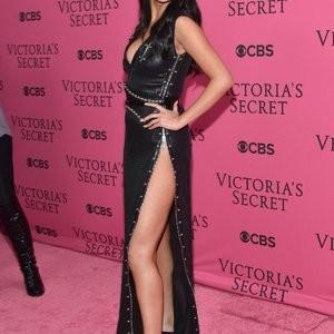 nude celebrities Selena Gomez 024 pic