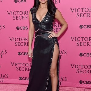 Naked Celebrity Pic Selena Gomez 027 pic
