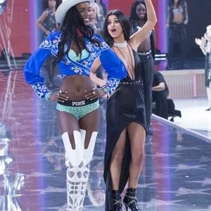 Best Celebrity Nude Selena Gomez 057 pic
