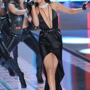 Celeb Naked Selena Gomez 065 pic