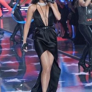 Real Celebrity Nude Selena Gomez 079 pic