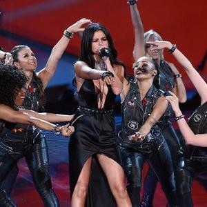 Famous Nude Selena Gomez 083 pic