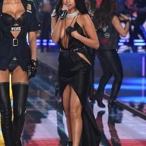 Celebrity Naked Selena Gomez 089 pic
