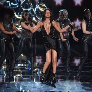 Naked Celebrity Pic Selena Gomez 090 pic
