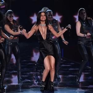 Celeb Nude Selena Gomez 095 pic