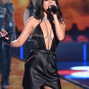 celeb nude Selena Gomez 103 pic