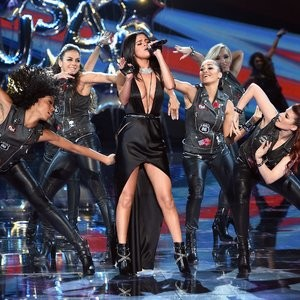 Naked Celebrity Selena Gomez 105 pic