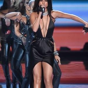 Naked Celebrity Pic Selena Gomez 106 pic