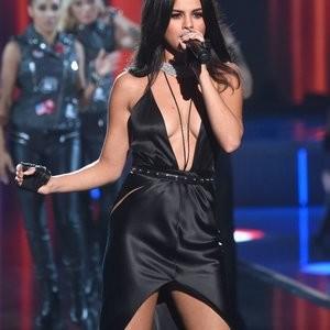 Naked Celebrity Selena Gomez 107 pic