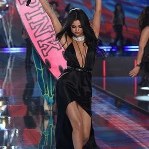 Celeb Nude Selena Gomez 118 pic