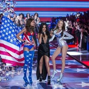 Newest Celebrity Nude Selena Gomez 126 pic