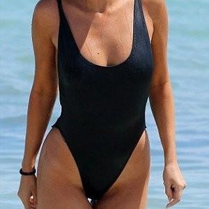 Real Celebrity Nude Selena Gomez 008 pic