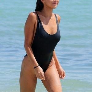 Free Nude Celeb Selena Gomez 015 pic