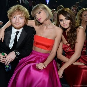 Celeb Naked Selena Gomez, Taylor Swift 032 pic