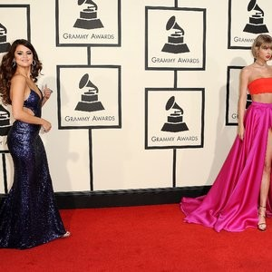 Celebrity Leaked Nude Photo Selena Gomez, Taylor Swift 099 pic