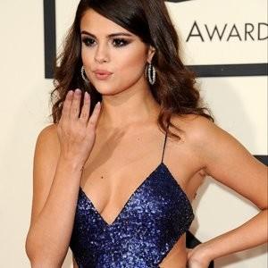 Leaked Celebrity Pic Selena Gomez, Taylor Swift 100 pic
