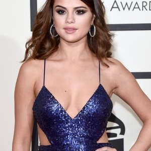 Naked celebrity picture Selena Gomez, Taylor Swift 141 pic
