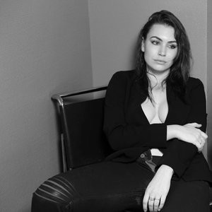 Sophie Simmons Cleavage (1 New Photo) - Leaked Nudes