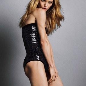 Hot Naked Celeb Vanessa Paradis 004 pic