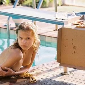 Celeb Naked Vita Sidorkina 013 pic