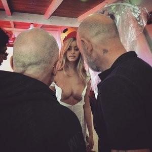 Free nude Celebrity Zahia Dehar 007 pic