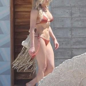Bikini Free Leann Tweeden Nude Pics Pic